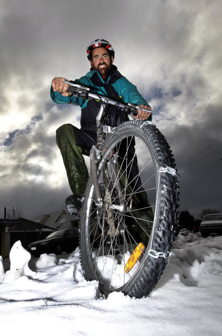 Snow chains on bikes