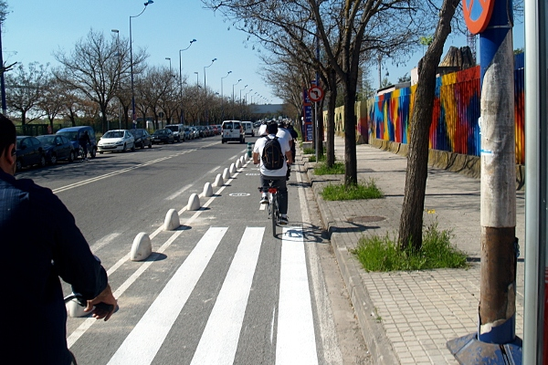 Flashback Friday – Separated Cycleways: Which Separators are Best?
