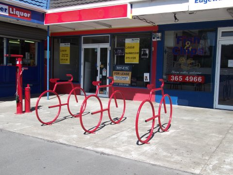 Not so handy - Nice bike-racks, but no tenants = reduced need for parking.