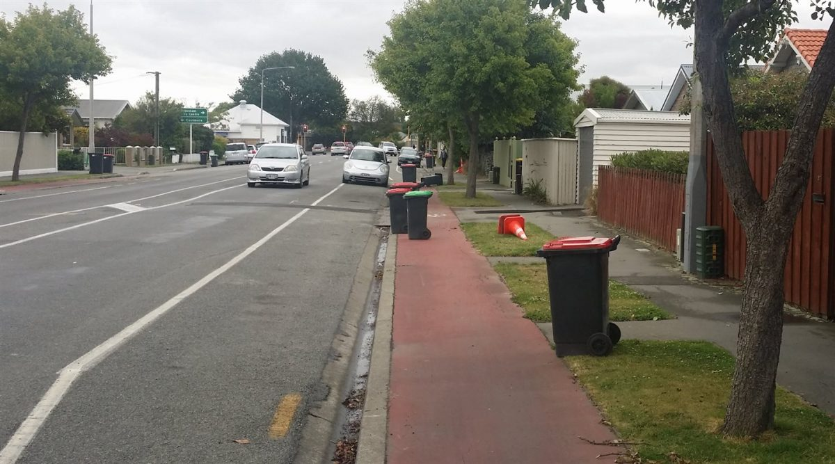 Photo of the Day: Cycleways and Rubbish Day