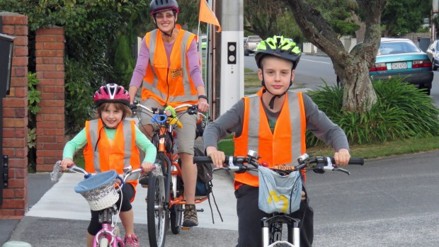 Guest Post: Should kids be able to ride on the footpath?