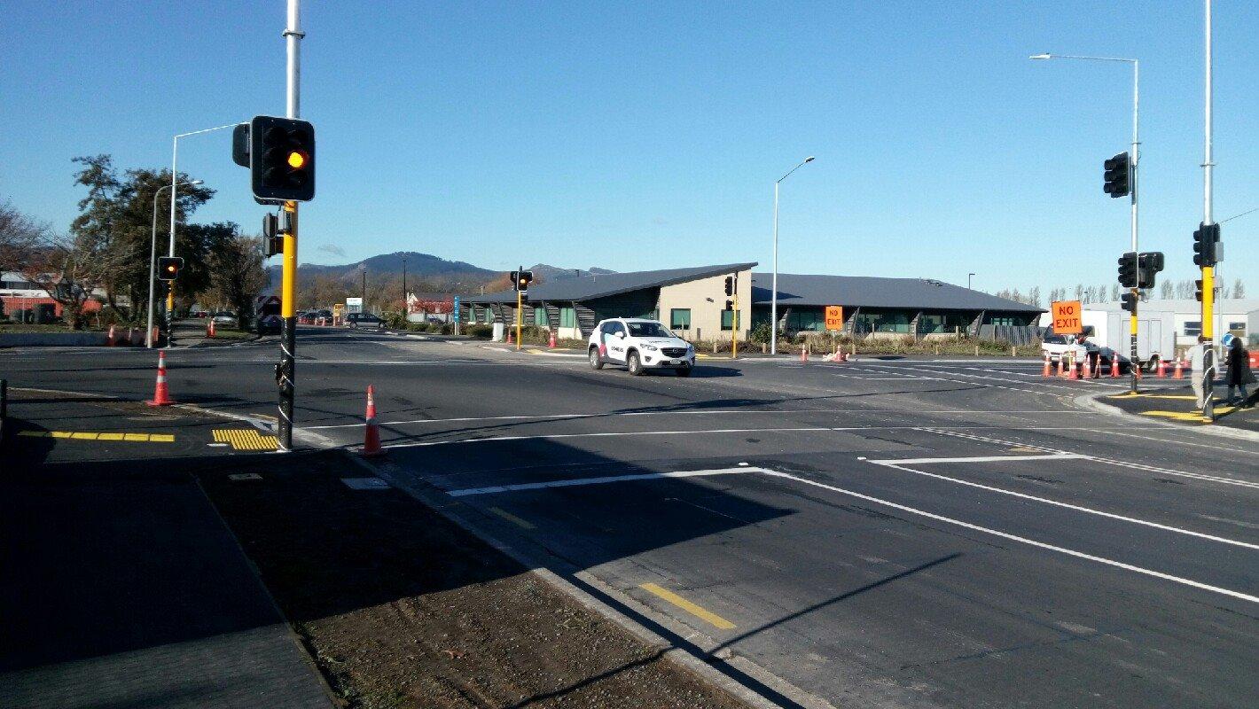 The new traffic signals at Annex/Birmingham