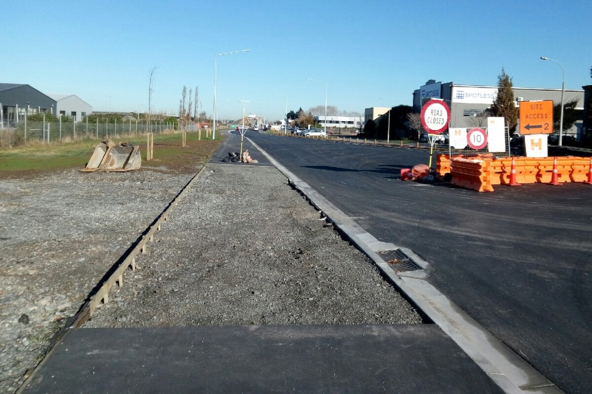 Part of the new path alongside Magdala Pl, looking west towards the new overbridge