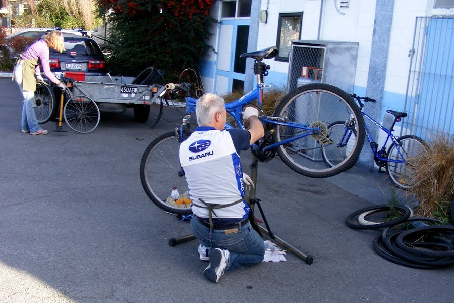 A bit of bike TLC at the last ICEcycles workshop