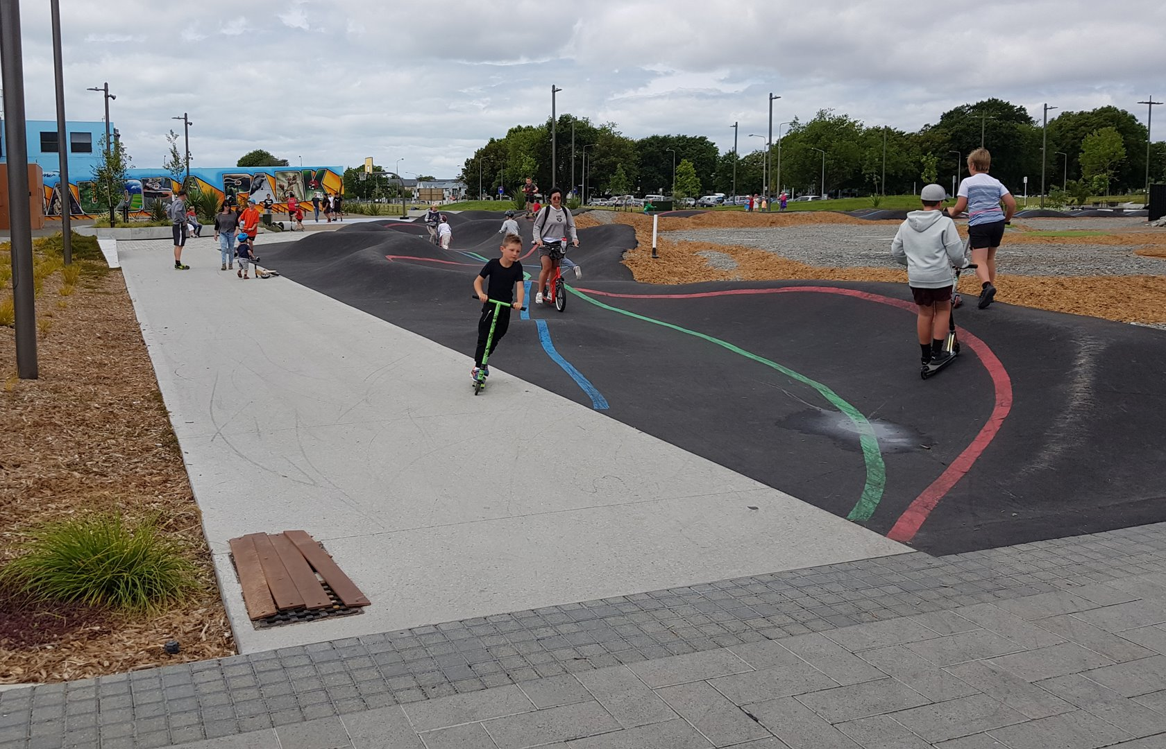 Photo of the Day: East Frame Pump Track – Cycling in