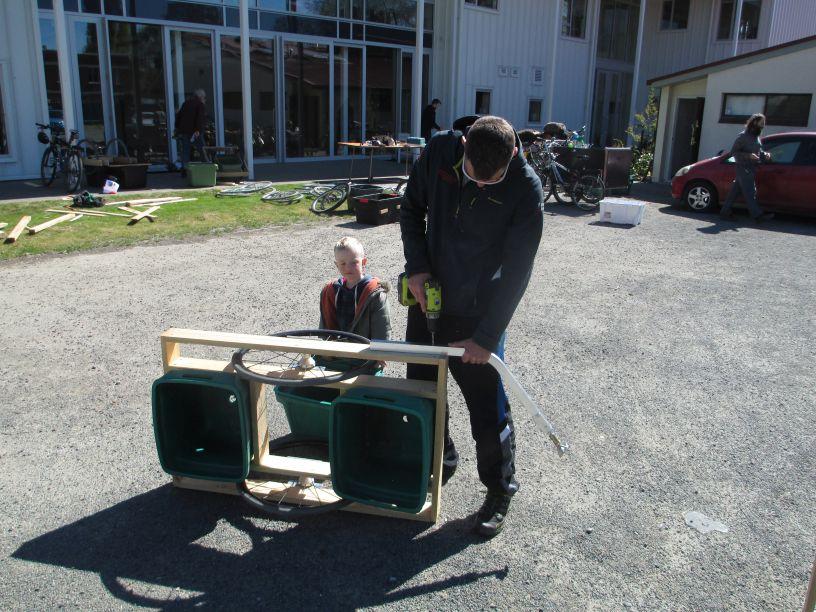 Fourteen bike trailers constructed at workshop